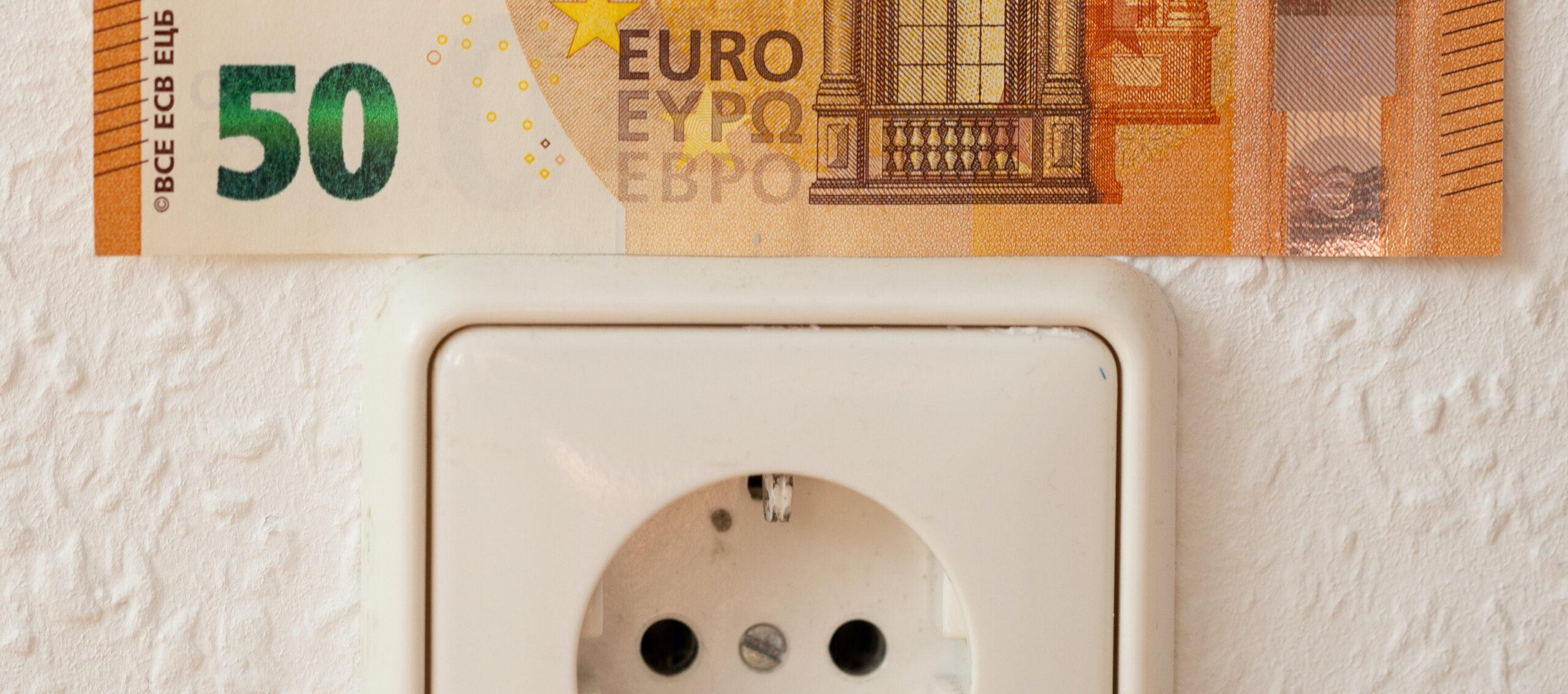 Hoe bespaar ik op mijn energierekening in 2021?